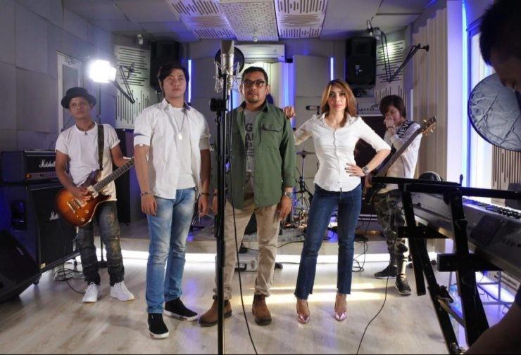 syuting lagu Gusti Rosalina studio - nalar.id