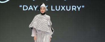 desainer Jeny Tjahyawati - nalar.id
