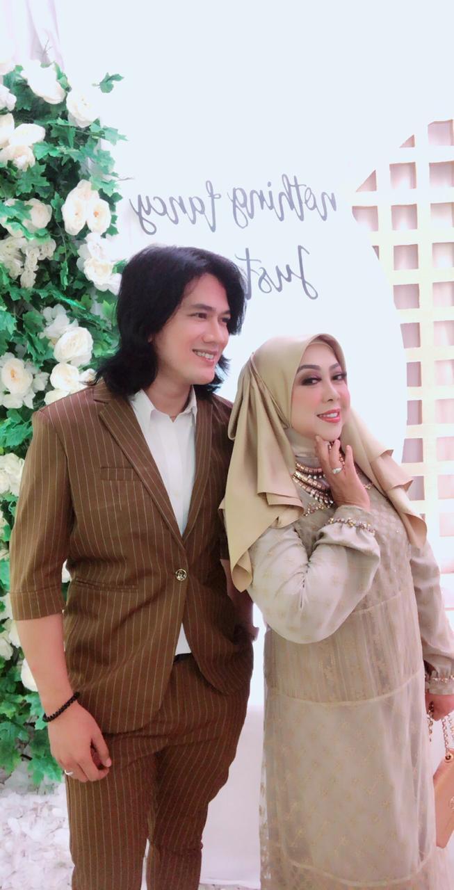 Rita Dinah Kandi single - nalar.id