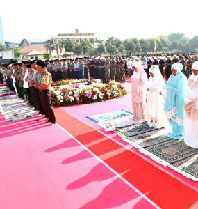 Shalat Istighosah Jawa Timur - nalar.id
