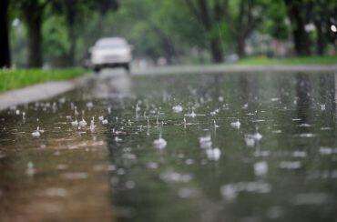 hujan - nalar.id