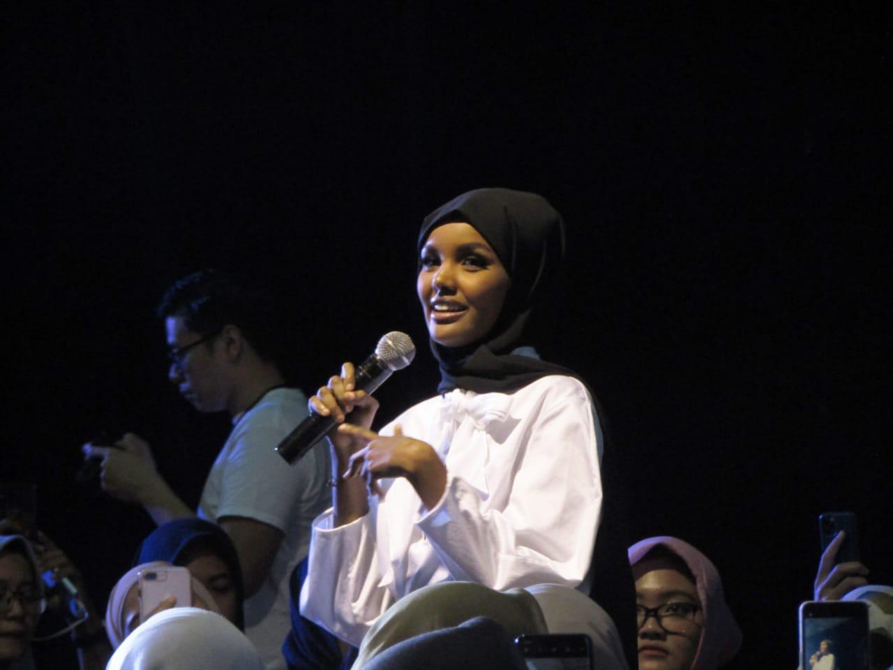Halima Aden 'Jakarta Halal Things 2019' - nalar.id