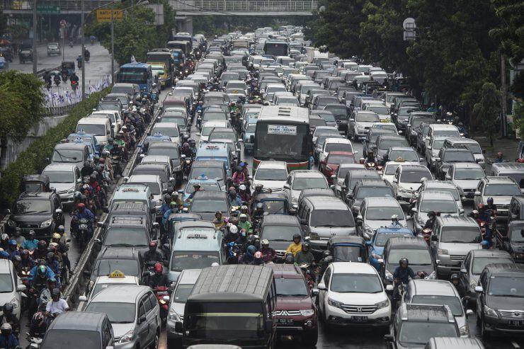 jalanan macet di Jakarta - nalar.id